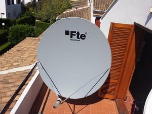 Instalación y orientación de antena parabólica Astra 28,2 en Valencia